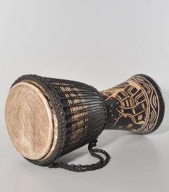 DJEMBE, 11 inches, medium dm ca 30cm, h ca 60cm