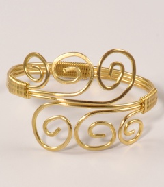 MESSINGARMREIF Spirale offen gold, dm 6,5cm, verstellbar